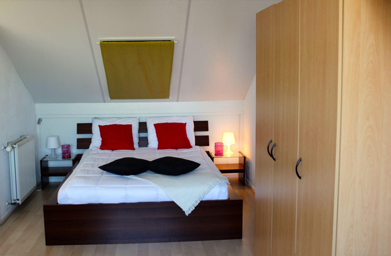 h user marinapark lemmer bv. Black Bedroom Furniture Sets. Home Design Ideas